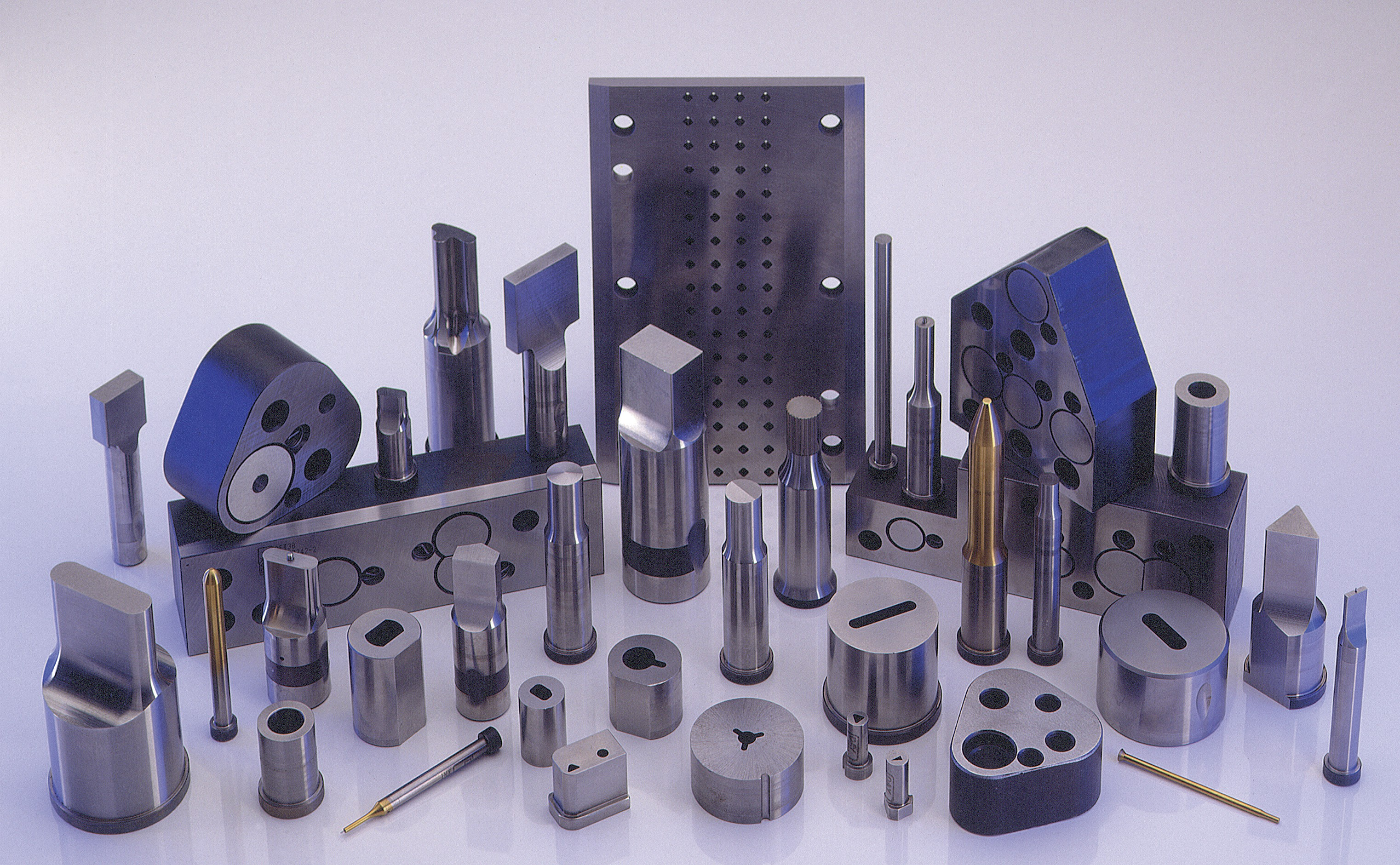 Dayton Progress manufactures die components, punches, die retainers and custom tooling for the metal stamping and metalforming industries.(Click on photo to enlarge it)