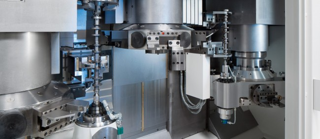 All soft machining – from cutting to size and centering through to deep drilling and multi-axis turning (up to 4 axes possible) – is performed on VTC 250 DUO machines.