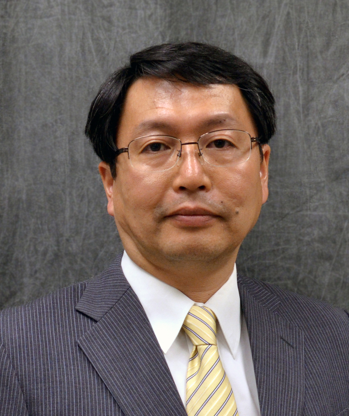 Hiroyuki Nagatsu will serve as a board member and officer of the Motoman Robotics Division, with direct responsibilities of managing Asian American customer relationships and advising the president of the division.(Click on photo to enlarge it)