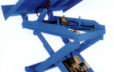 Scissor lift variables that must be considered during selection include capacity, the nature of the load, the means of loading and unloading, the travel and lowered height, the platform size, speed requirements, power and duty cycle requirements.