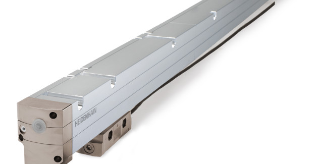 An absolute type encoder, the LC 200 offers its advantages for measuring lengths of up to 28 m.