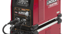 The Power Wave® Advanced Module increases flexibility for manufacturers by expanding their welding capabilities. The module has alternating current (AC) welding capability to run aluminum processes.