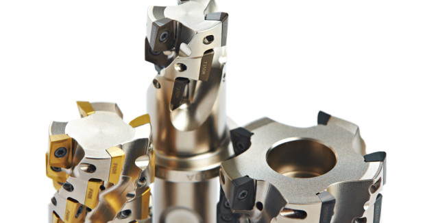 Because of their high levels of flexibility, Turbo 10 cutters work in slotting, shouldering, ramping, facing, pocketing, plunging and turn milling applications.