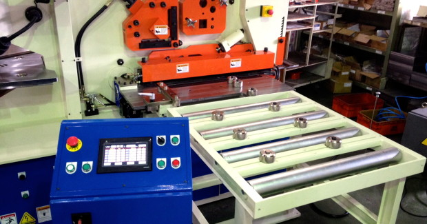 Coupled with a Semi or Fully-Automatic CNC on the punch, this robust package will offer customers the greatest flexibility and efficiency by eliminating manual layout and dramatically increasing productivity with CNC sheared plates and CNC punched holes.