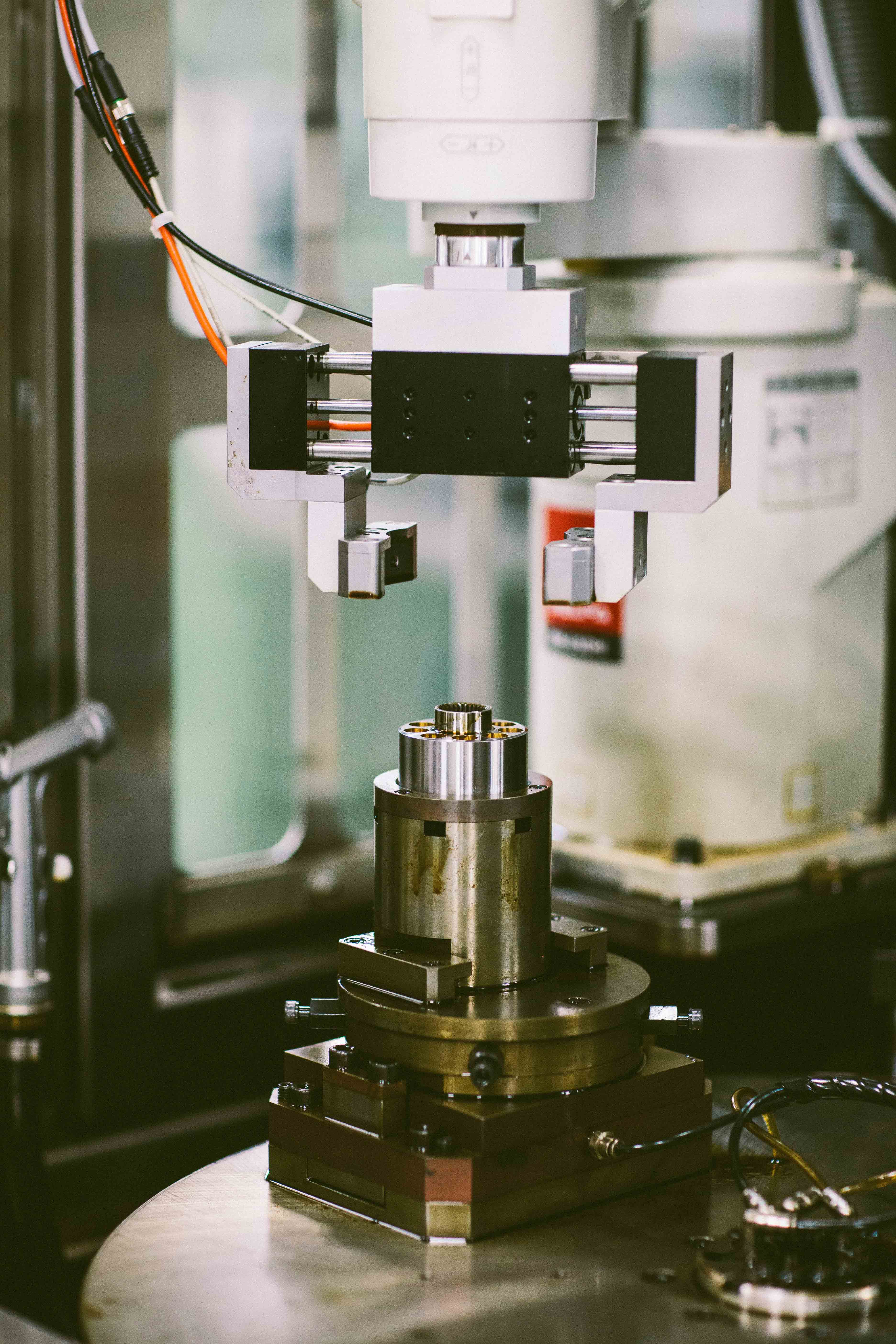 Smart Honing Lifts Business For Aerospace Hydraulic Pumps