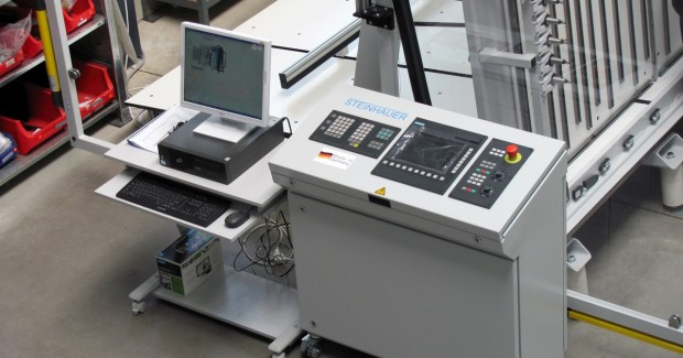 The control panel on the Steinhauer eCAB WorkCenter shows a Siemens 802D solution line CNC and programming station that can include a full library of material and component specifications to minimize program development time.
