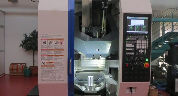 The Brother M140X1 from Yamazen integrates the turning and milling/tapping process to contribute to high-efficiency machining and bring both time and financial saving advantages.