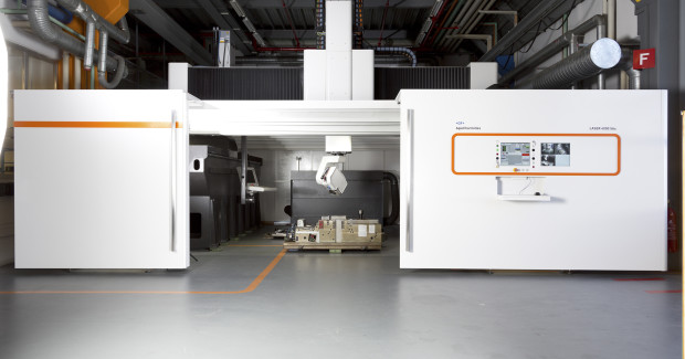The LASER 4000 5Ax can produce textures on components with maximum workpiece dimensions of 13 ft by 10 ft by 5 ft.