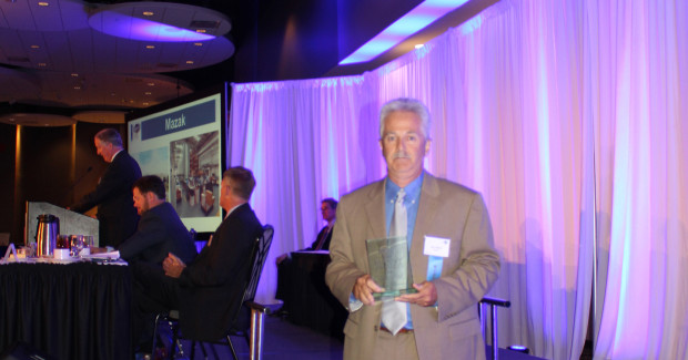 At the eighth annual MANNY Awards banquet, hosted by Cincy Magazine, Ben Schawe, vice president of manufacturing for Mazak Corporation, accepted the 2014 MANNY Award that recognizes Mazak for its manufacturing excellence in product innovation.