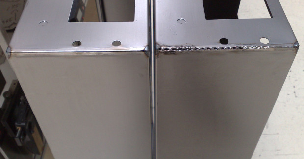 Comparison of leveled and unleveled sheet metal after robotic welding.