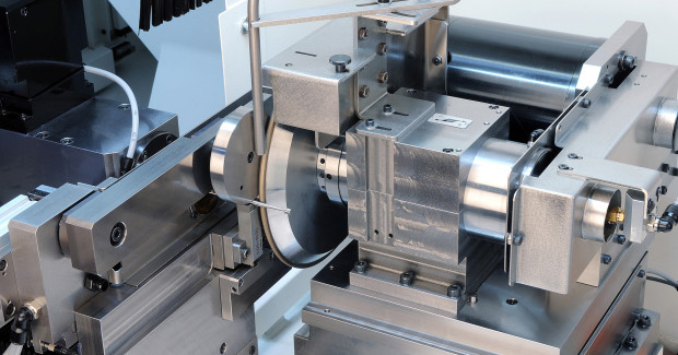 Booth N-7200: The peeling grinding method, well proven on other types of the ShapeSmart® series from Rollomatic, provides the ability to grind tools with extreme length /diameter ratio as well as complex profiles.