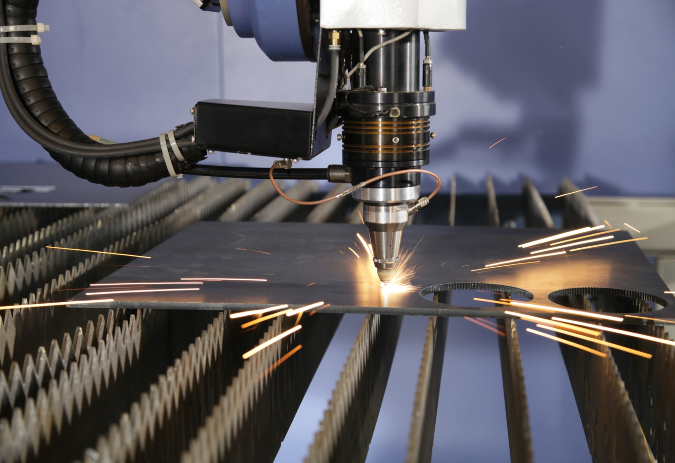 Laser Waterjet Plasma Cutting Systems