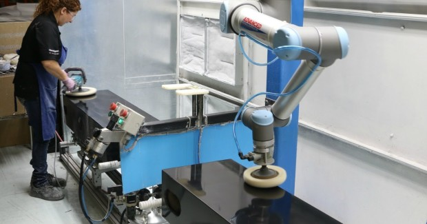 Using this UR10 collaborative robot from Universal Robots in polishing applications has significantly increased production, eliminating bottlenecks while improving the work environment for the workers.