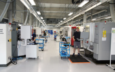 The ZFA 3600 and  ZFA 2400 central systems at Jongen. One system provides clean oil for the insert production unit and the other for the tool cutting department. The ZFA 2400 has a capacity of approximately 24,000 liters of cooling lubricant and is housed in a separate room connected to 14 grinding machines.