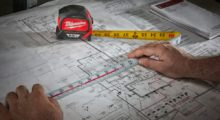 The dual-sided printing with blueprint scale on the bottom side of the tape measure provides even more functionality while working overhead and with blueprints.