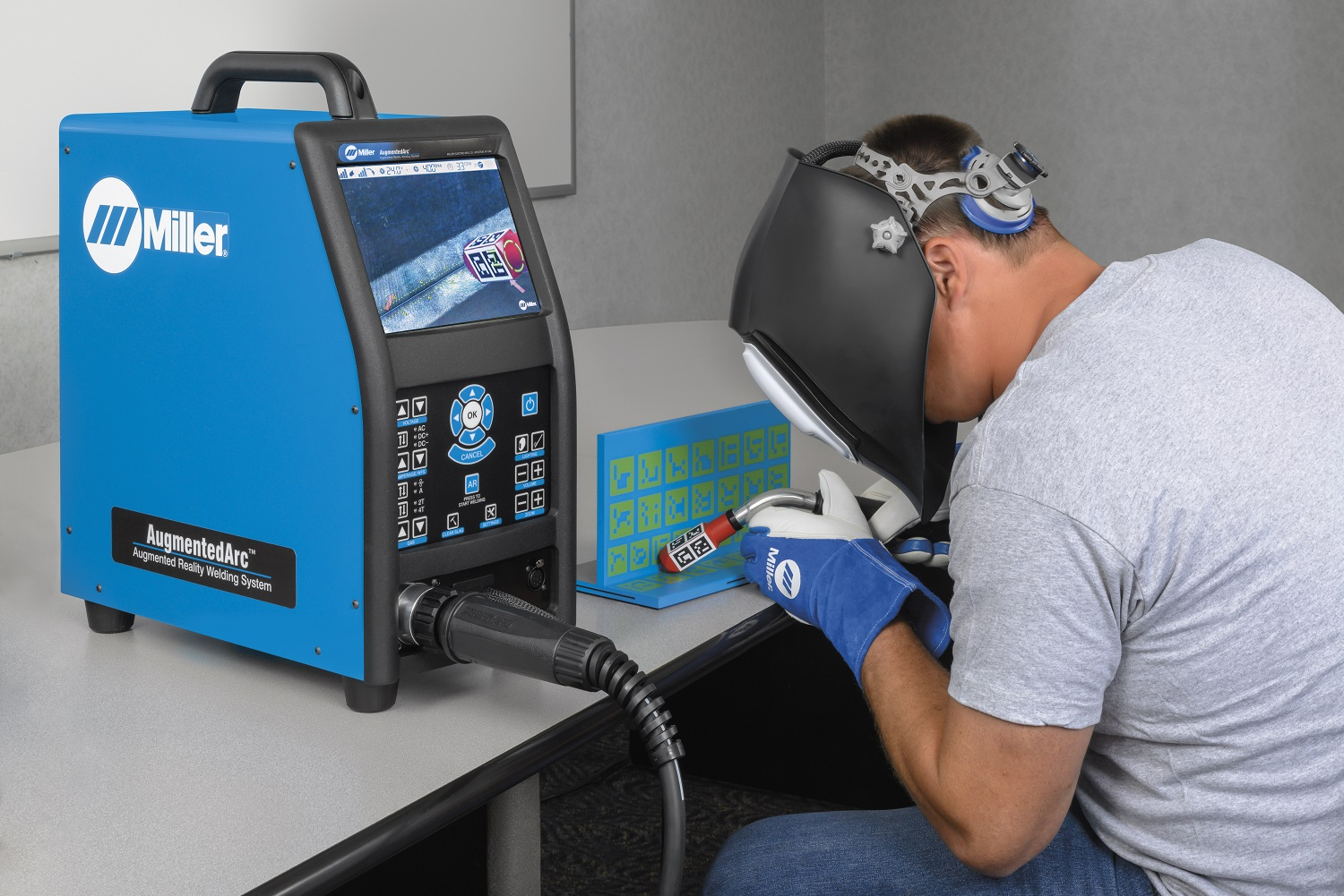 augmented reality delivers real time welding feedback during ideal for beginners and intermediate level welding students in trade schools union facilities and industrial training departments the new augmentedarc